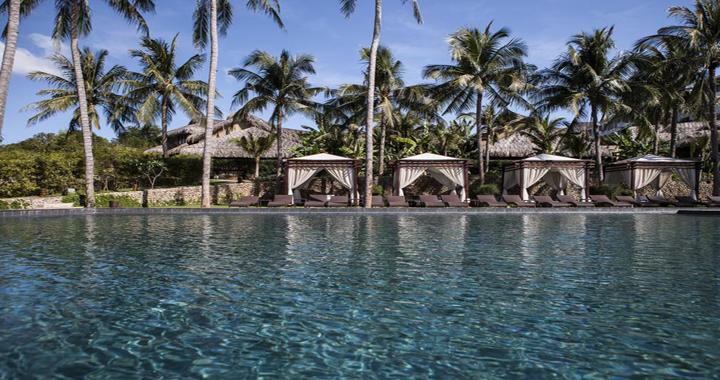 Aroma Beach Resort Spa Swimming Pool